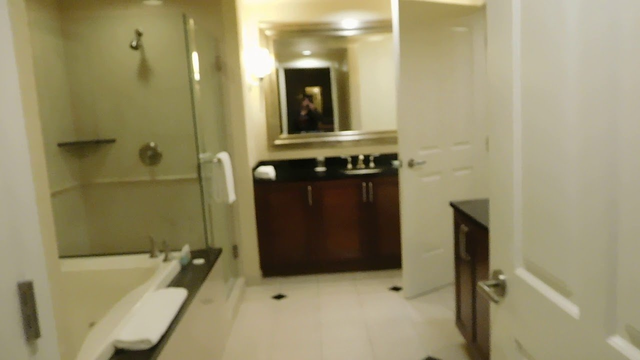 Best Mgm Signature One Bedroom Balcony Suite Tower 1 Room 9 621 With Pictures