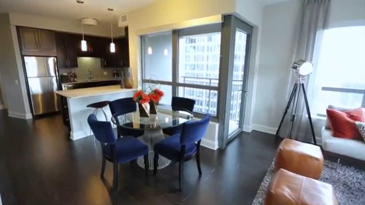 Best Gorgeous Two Bedroom Apartment Chicago Apartments Amli River North Youtube With Pictures