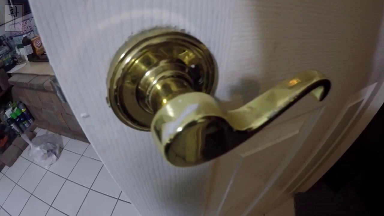 Best Diy Remove Replace Door S Handle With Hidden Screws With Pictures