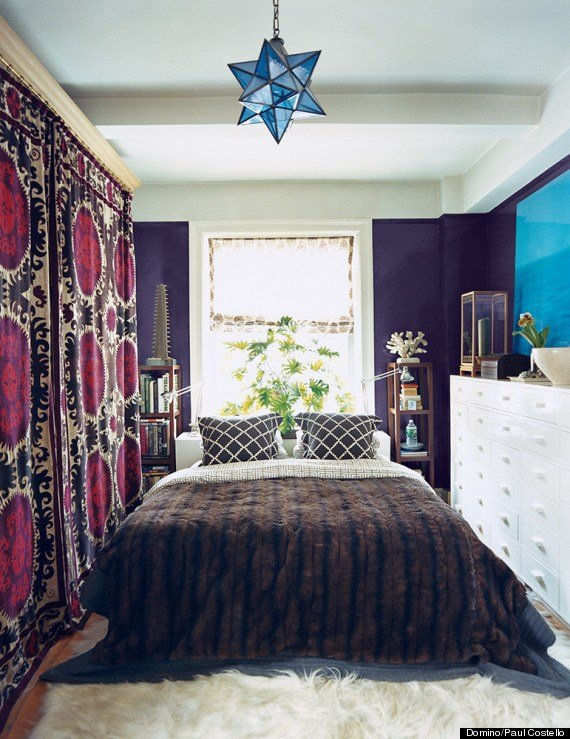 Best 11 Ways To Make A Tiny Bedroom Feel Huge Huffpost Life With Pictures
