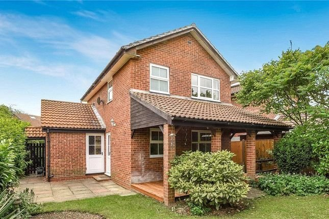 Best Kingsford Close Woodley Reading Rg5 3 Bedroom Detached With Pictures