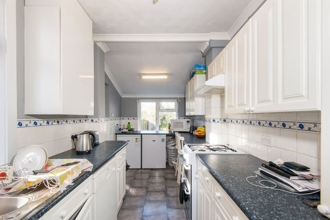 Best King Edward Avenue Southampton So16 3 Bedroom Semi With Pictures