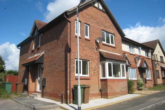 Best 2 Bed Property To Rent In Carroll Road Plymouth Pl5 46331878 Zoopla With Pictures