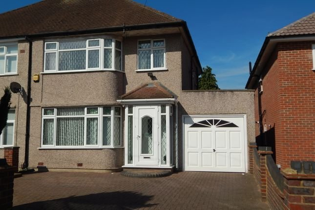Best 3 Bedroom Houses To Let In Hayes Primelocation With Pictures