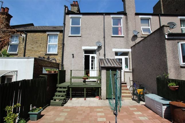 Best Godfrey Hill Woolwich Se18 3 Bedroom Terraced House For With Pictures