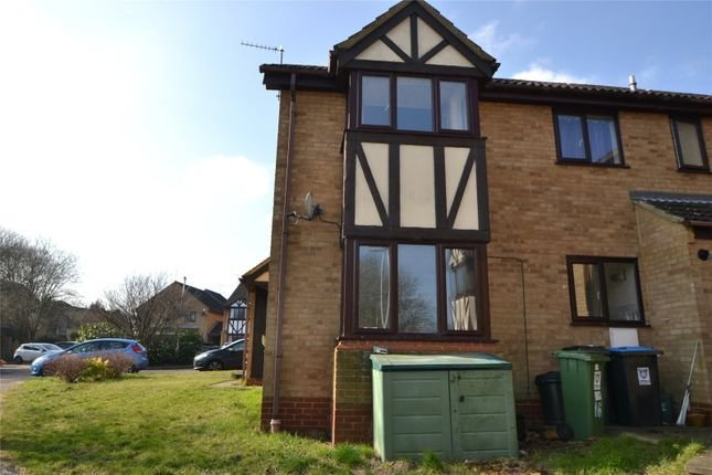 Best 2 Bed Semi Detached House To Rent In The Pastures Hemel With Pictures