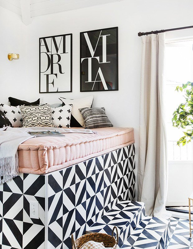 Best Shay Mitchell Wayfair Consort Bedroom Bed Closeup With Pictures