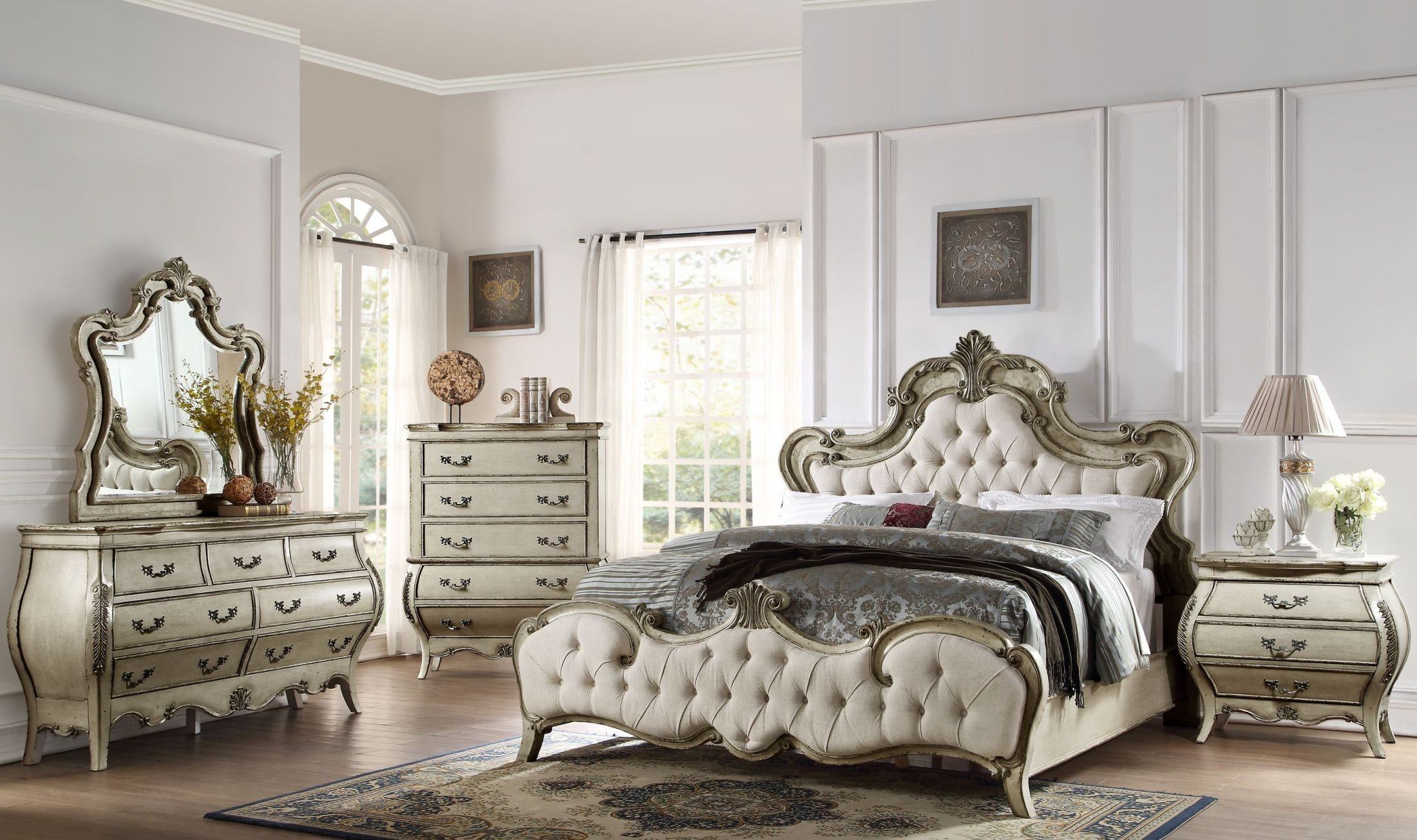 Best Elsmere Antique Grey Upholstered Bedroom Set From With Pictures