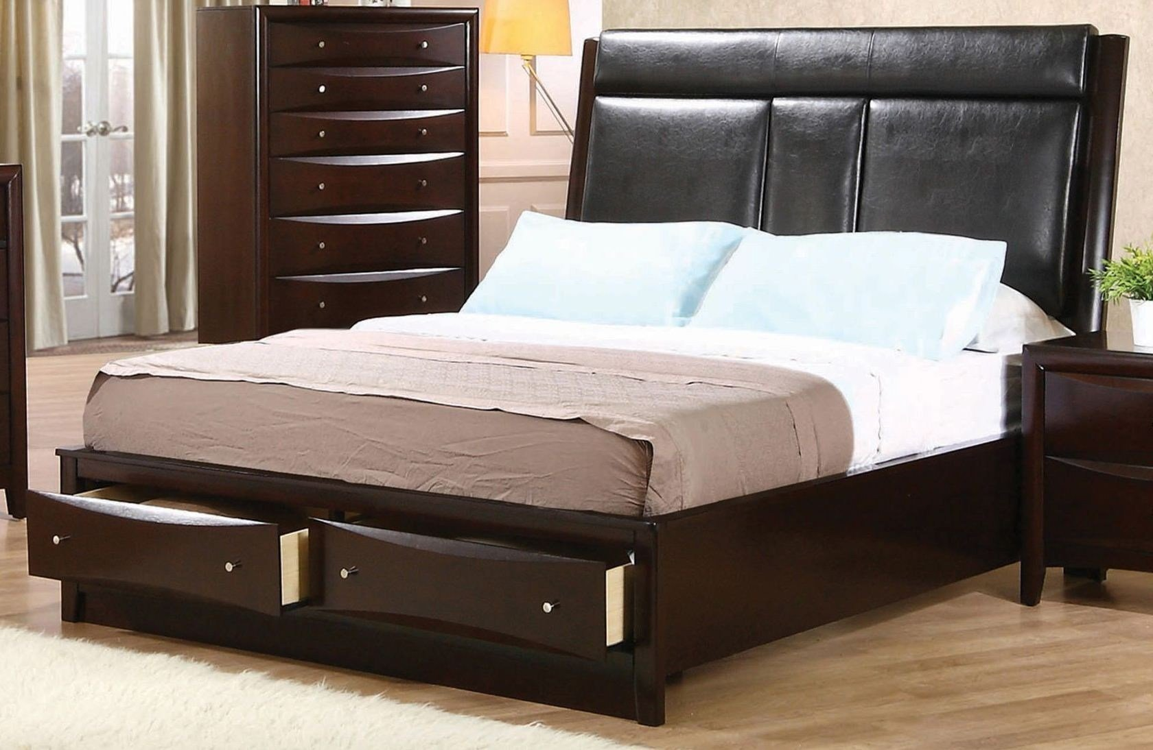 Best Phoenix Upholstered Storage Bedroom Set From Coaster With Pictures