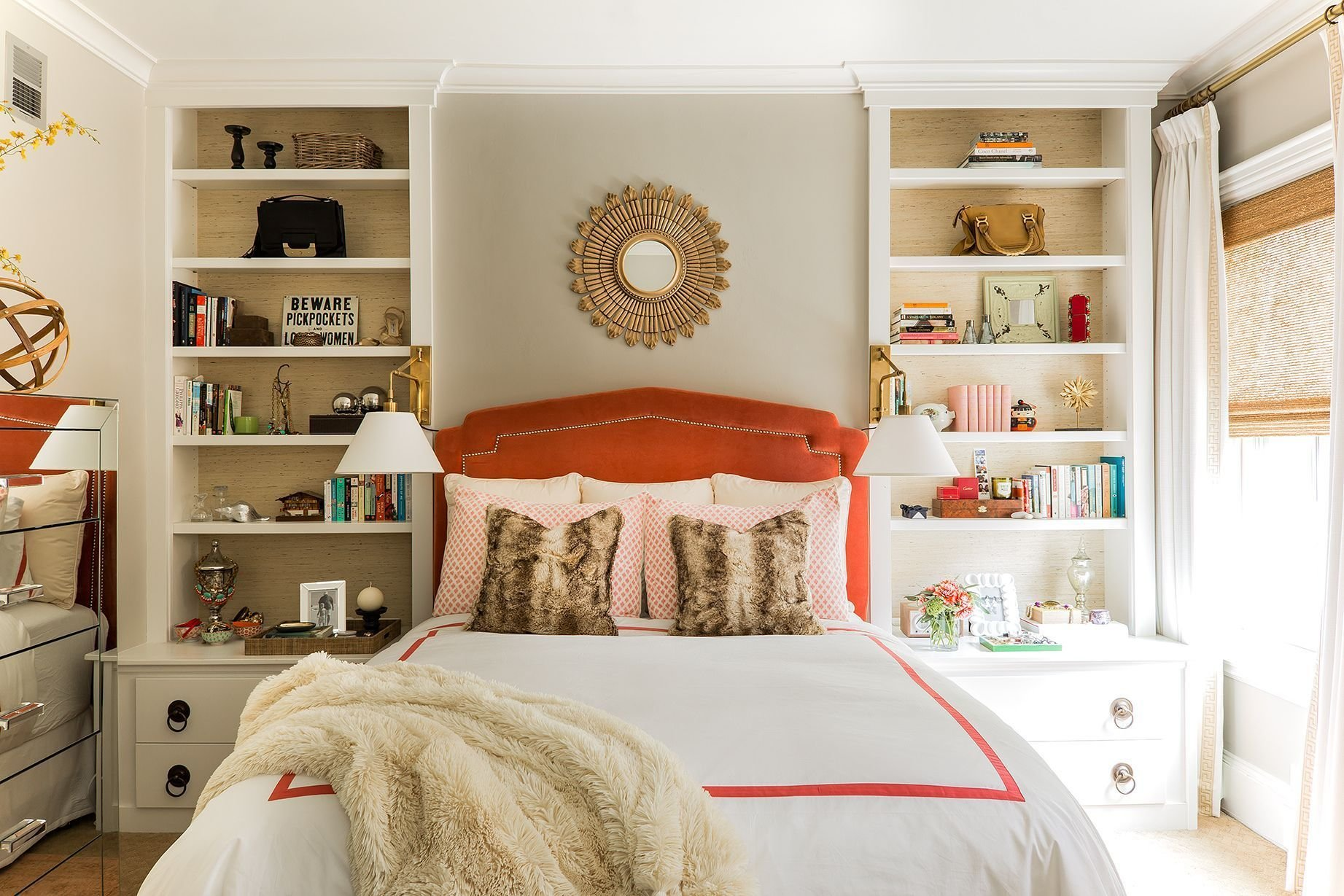 Best 17 Small Bedroom Design Ideas How To Decorate A Small Bedroom With Pictures