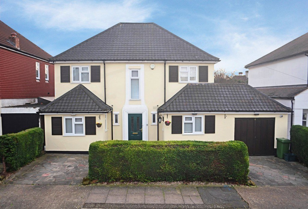 Best 5 Bedroom Detached House For Sale In Woodside Road With Pictures
