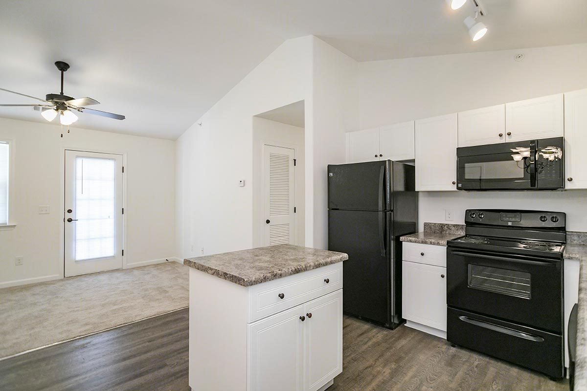 Best Two Bedroom With Patio Balcony Helena Springs Apartments With Pictures