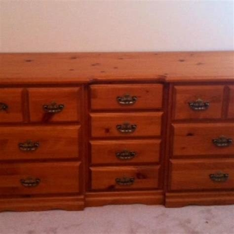 Best Canadian Made Pine Bedroom Set Reduced Price For With Pictures