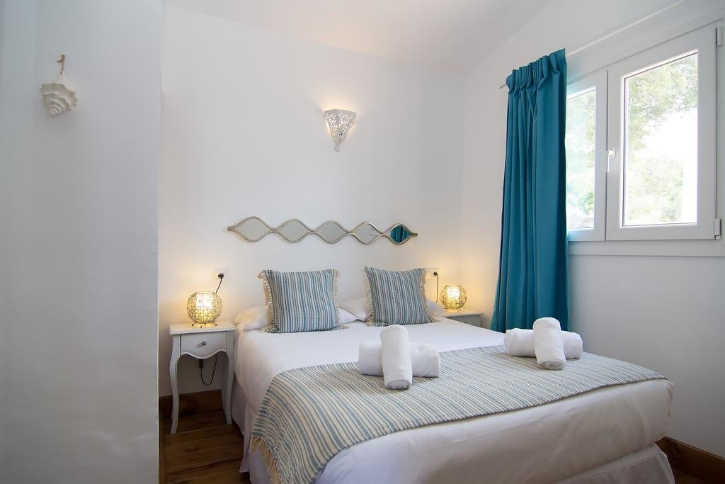 Best Leora And Paul Bedroom Nakedsnakepress Com With Pictures