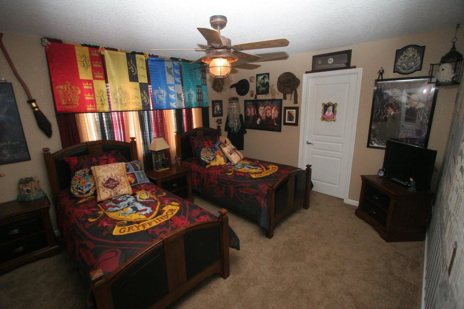Best See The Magic World In The Room With Harry Potter Bedroom With Pictures