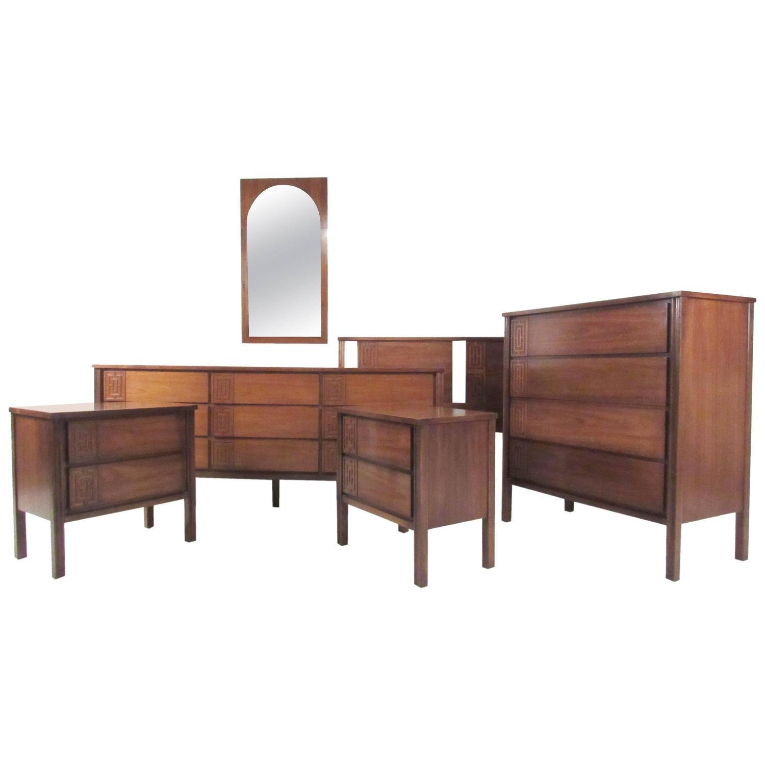 Best Stylish Mid Century Modern Seven Piece Bedroom Set For With Pictures