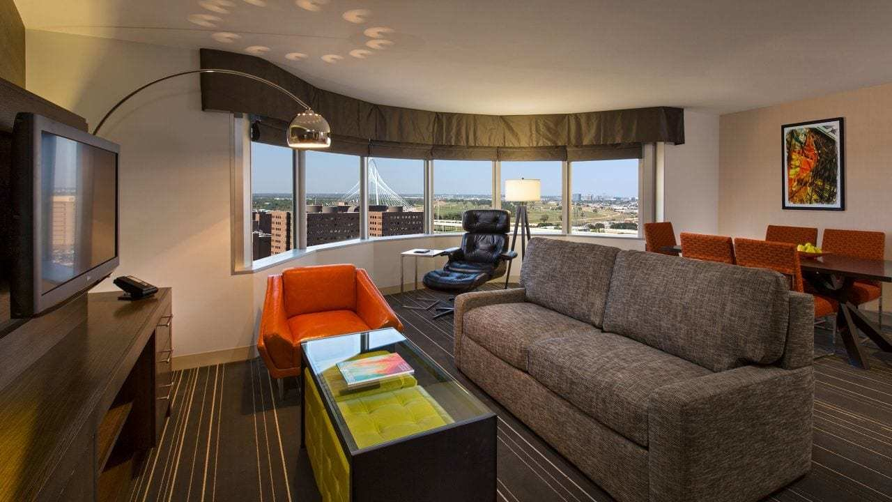 Best Downtown Dallas Hotel Rooms Hyatt Regency Dallas With Pictures