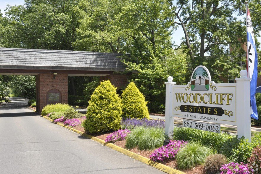 Best Woodcliff Estates Rentals East Hartford Ct Apartments Com With Pictures