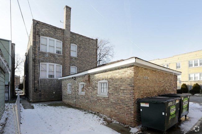 Best 6446 18Th St Berwyn Il 60402 Apartments Berwyn Il With Pictures