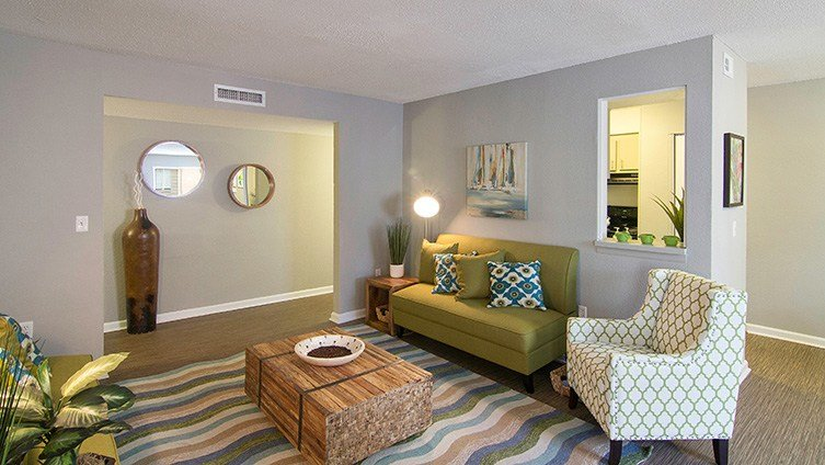 Best The Hub At Tallahassee Apartment Homes Apartments With Pictures