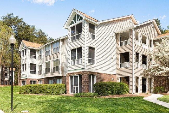 Best Huntsview Apartments Apartments Greensboro Nc Apartments Com With Pictures
