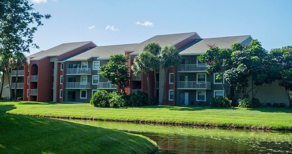 Best Seasons 704 Apartments Apartments West Palm Beach Fl With Pictures