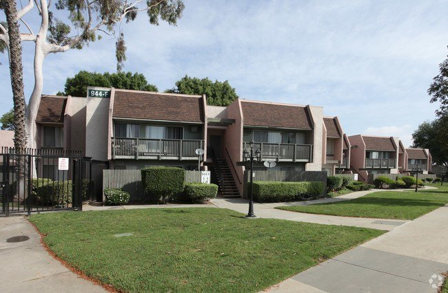 Best Corona Park Apartments Apartments Corona Ca With Pictures
