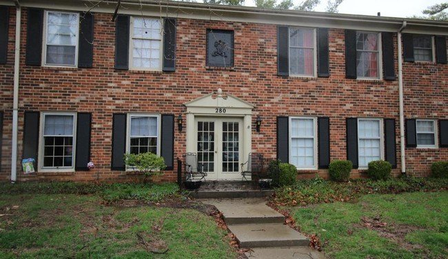 Best 2 Bedroom In Louisville Ky 40207 Apartment For Rent In With Pictures