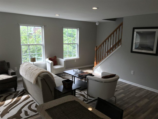 Best 1 Bedroom In Newark Nj 07103 Townhouse For Rent In Newark Nj Apartments Com With Pictures