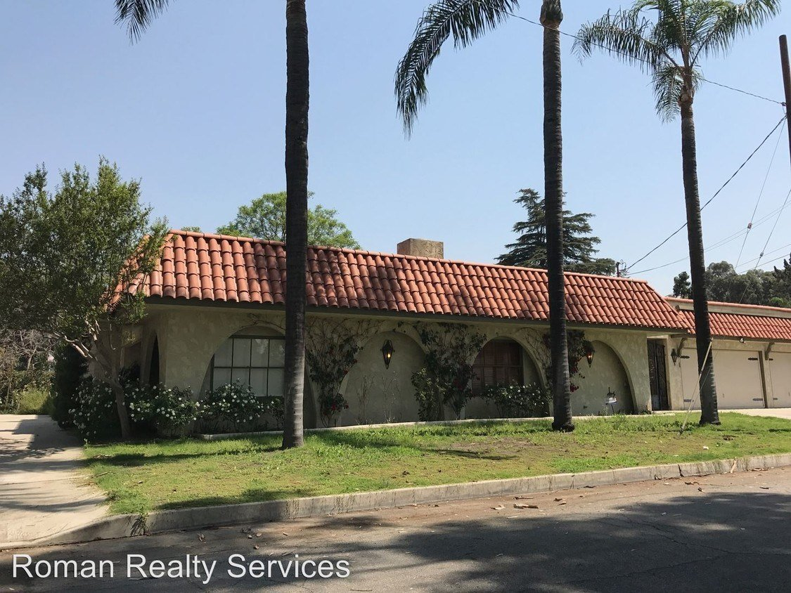 Best House In San Bernardino 5 Bed 2 Bath 2500 With Pictures