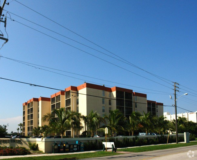 Best Nautilus Apartments Apartments Hollywood Fl With Pictures Original 1024 x 768