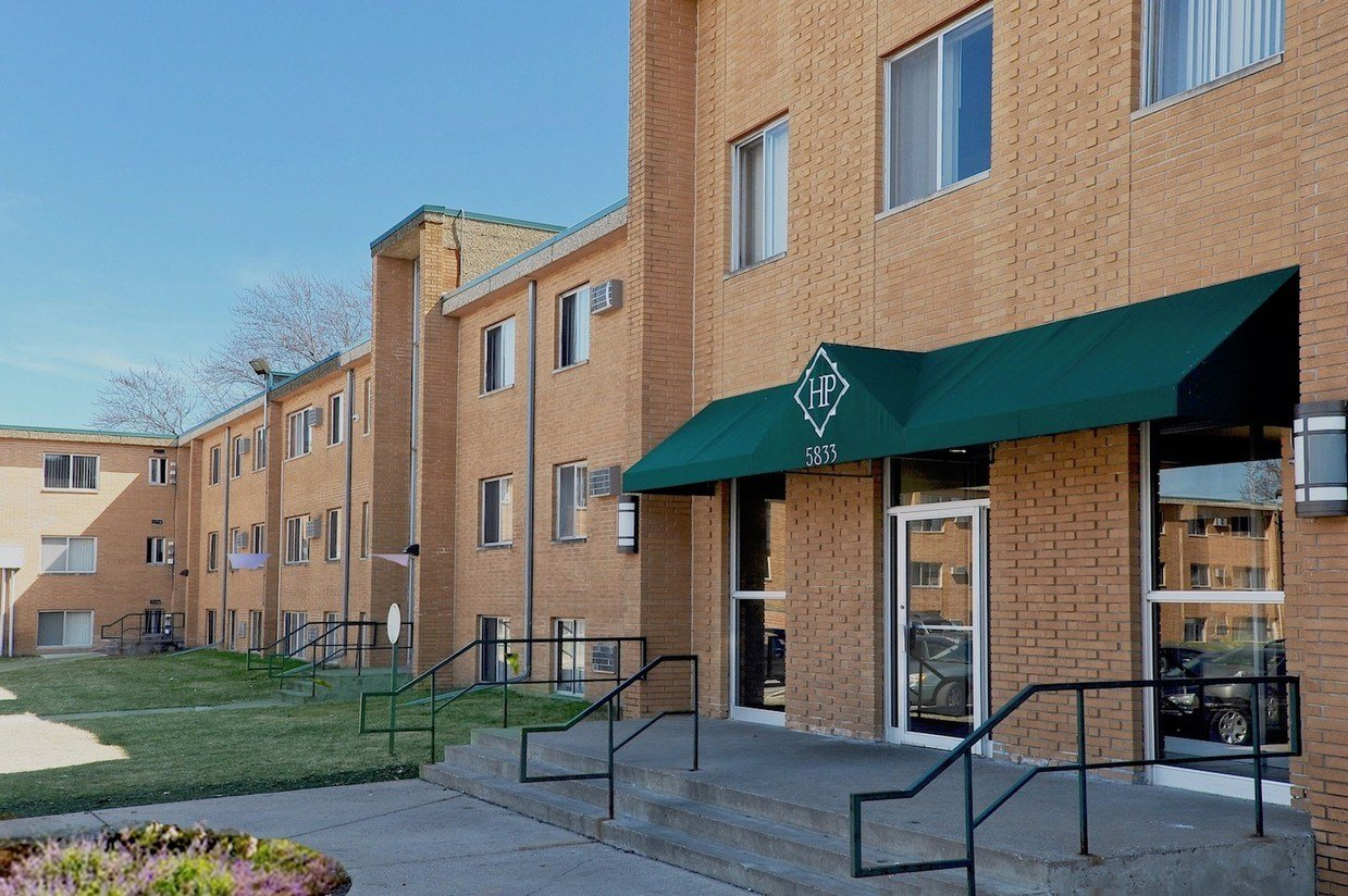 Best Huntington Place Apartments Rentals Brooklyn Center Mn With Pictures