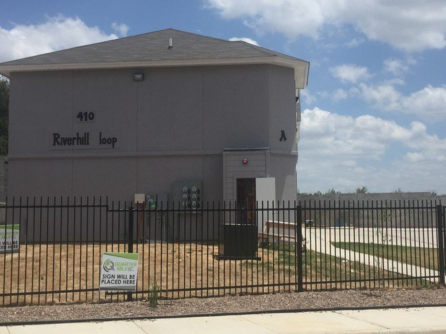 Best The Apartments At Riverhill Apartments Laredo Tx With Pictures