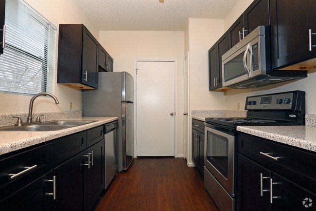 Best Canyon Creek Apartment Homes Apartments Austin Tx Apartments Com With Pictures