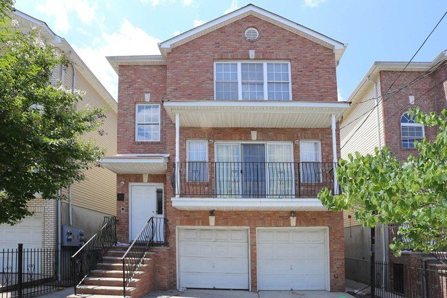 Best 1 Bedroom In Newark Nj 07103 Apartment For Rent In With Pictures