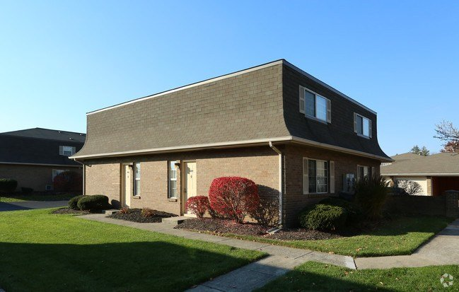 Best Hilliard Square Townhomes Apartments Hilliard Oh With Pictures