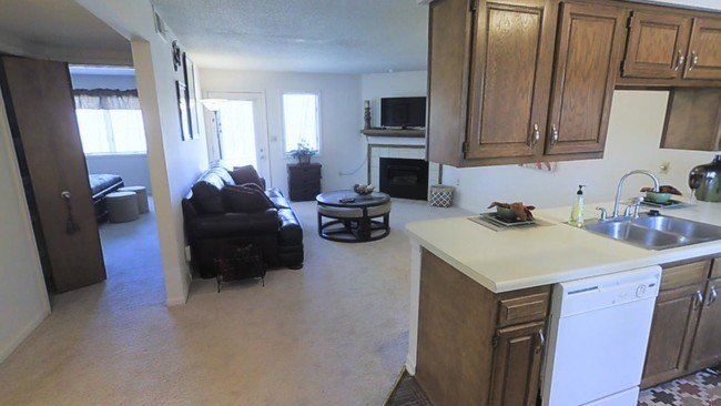 Best Greenhill Apartments Apartments Kalamazoo Mi Apartments Com With Pictures