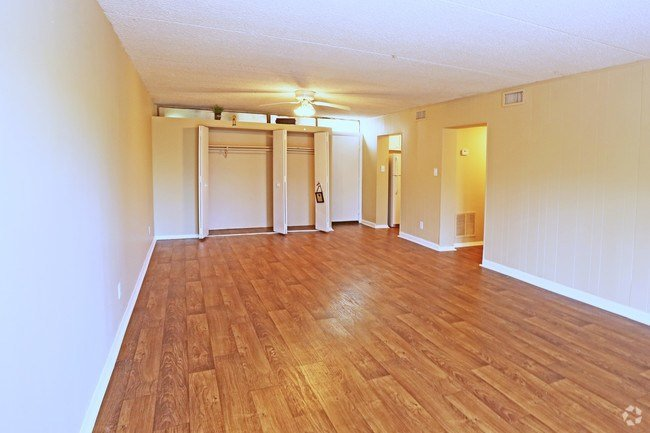 Best The Hammond Formerly Sunflower Apartments Apartments Knoxville Tn Apartments Com With Pictures