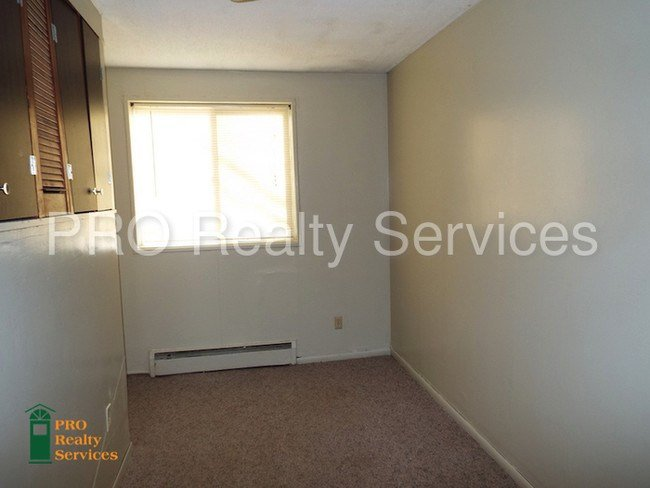 Best Lower Level One Bedroom Apartment Apartment For Rent In With Pictures