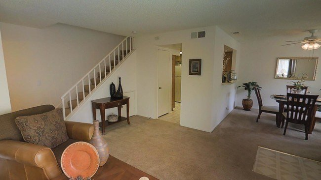 Best Meadowood Apartments Apartments Corona Ca Apartments Com With Pictures