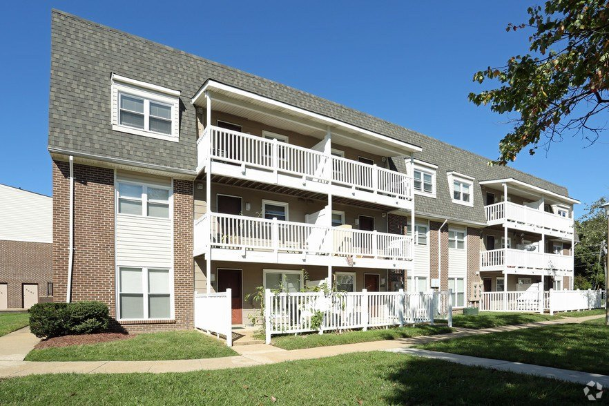 Best One Bedroom Apartments In Virginia Beach Virginia Jamestow With Pictures