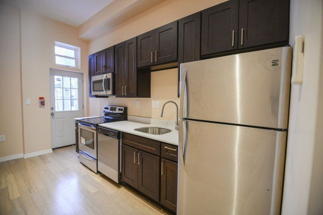 Best Modern 1 Bedroom Apartment In University City Apartment With Pictures