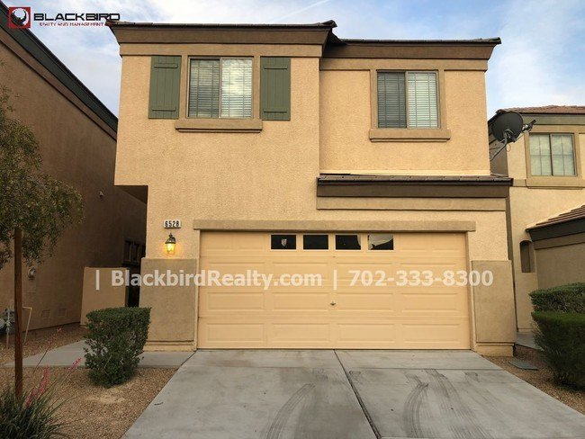 Best 4 Bedroom Two Story House In North Las Vegas House For Rent In North Las Vegas Nv With Pictures