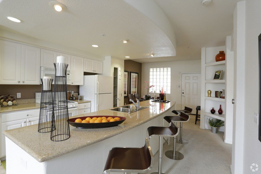 Best Portofino Apartment Homes Rentals San Diego Ca With Pictures
