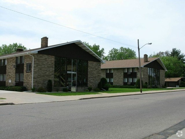 Best Fourth Avenue Apartments Apartments Stevens Point Wi With Pictures