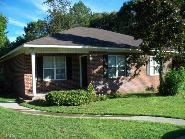 Best 1203 B**V*R Creek Dr Statesboro Ga 30458 House For With Pictures