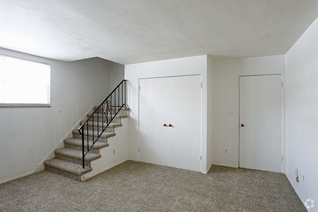 Best Waynedale Village Apartments Apartments Fort Wayne In With Pictures