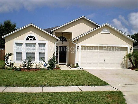 Best Spacious 3 Bedroom 2 Bathroom Home For Rent House For With Pictures