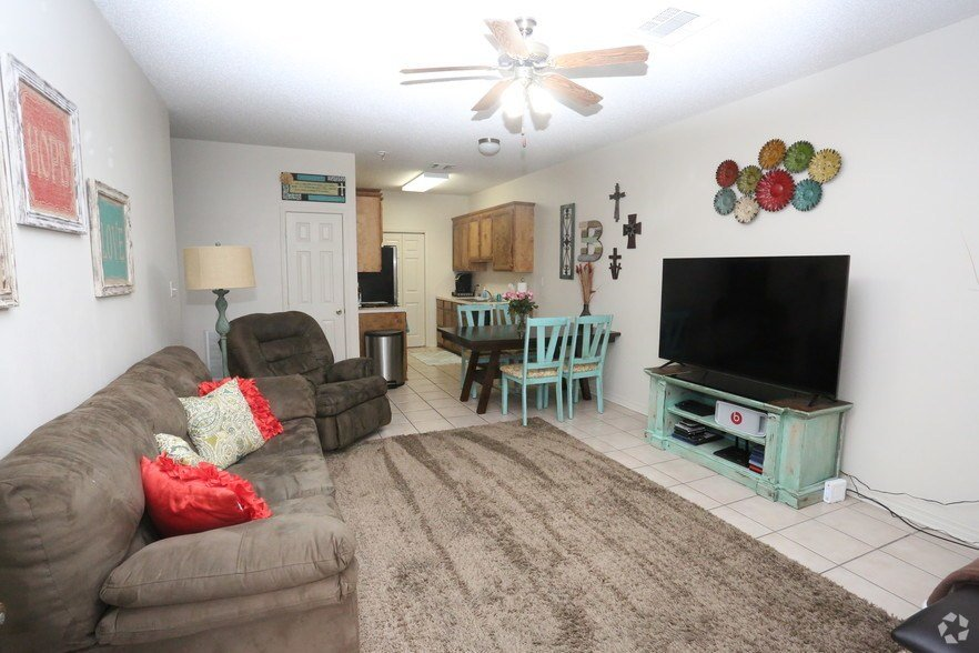 Best Managaers Special 1 2 Off Your 1St Month Rentals West With Pictures