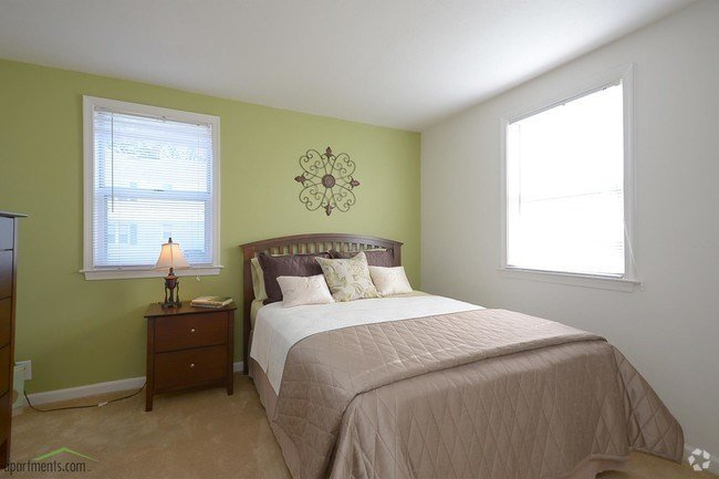 Best Sterling Oaks Apartments Apartments Norfolk Va With Pictures